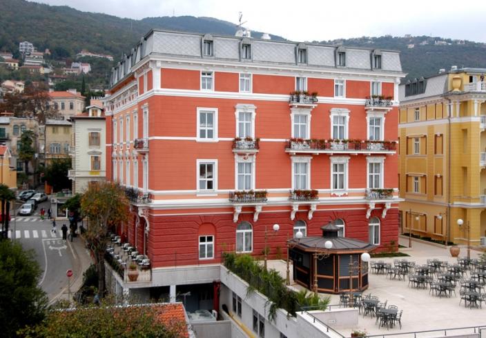 Hotel continental opatija bult by zagorje tehnobeton for Design hotel opatija